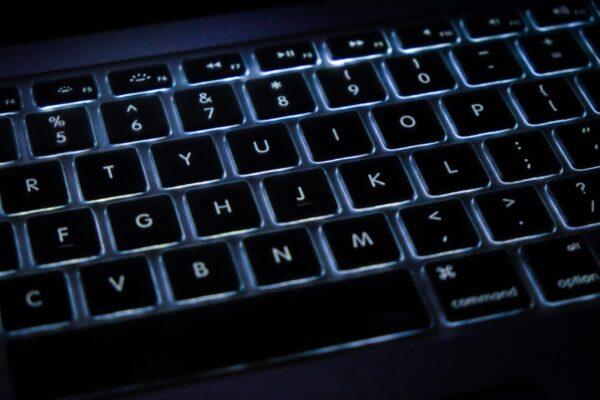 black and gray computer keyboard
